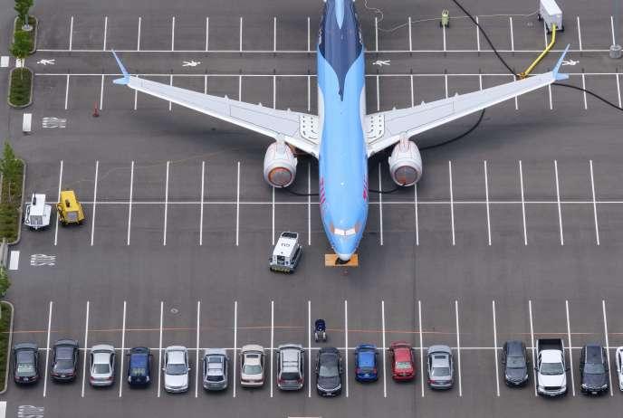 Un Boeing 737 MAX est stocké sur un parking, à Seattle (Etat de Washington), le 27 juin.