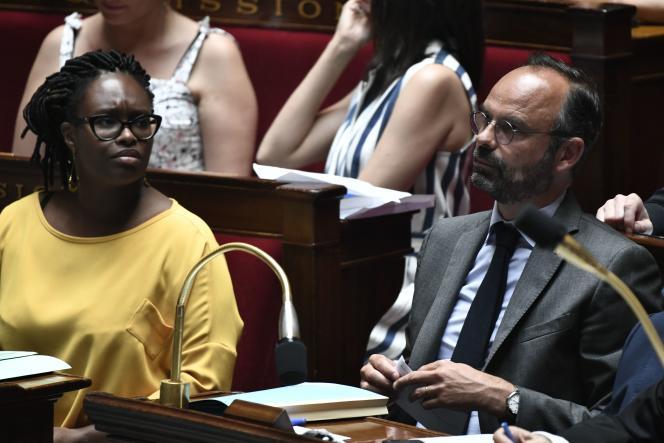 Sibeth Ndiaye, porte-parole du gouvernement, et Edouard Philippe, premier ministre, à l'Assemblée nationale, le 23 juillet.