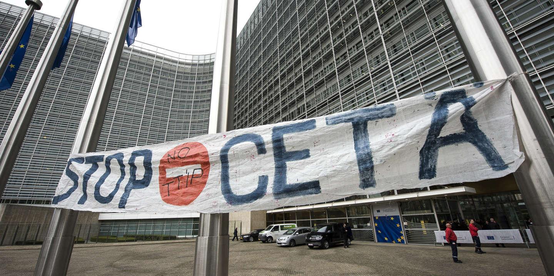 Le CETA, controversé accord de libre-échange avec le Canada, approuvé à l'Assemblée