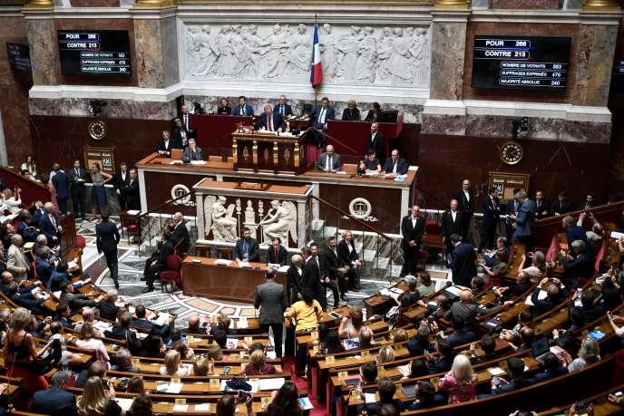 Lors du vote de l'accord de libre-échange entre l'Union européenne et le Canada, mardi 23juillet, à l'Assemblée nationale.