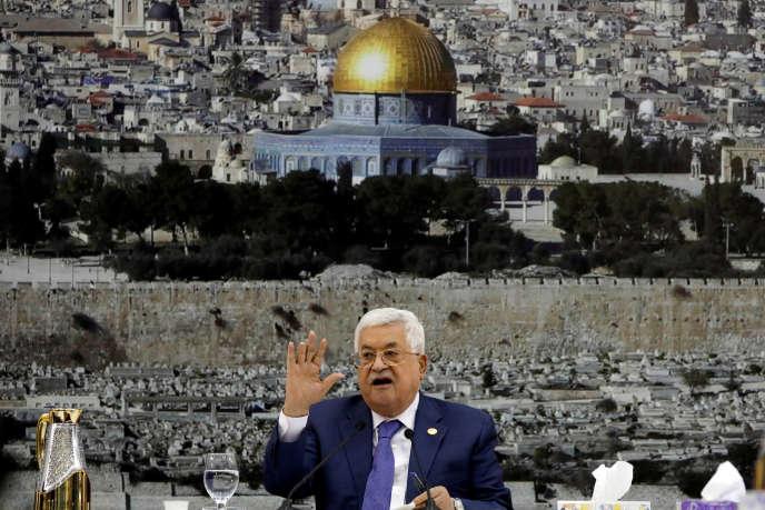 Le président de l'Autorité palestinienne, Mahmoud Abbas, lors d'une réunion avec les dirigeants palestiniens à Ramallah,le 25juillet.