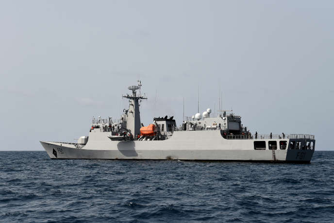Navire militaire au large de Lagos, le 20 mars 2019. Le Nigeria est l'un des premiers pays touchés par la piraterie dans le golfe de Guinée.