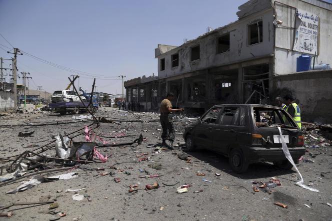 Les dégâts sur l'un des trois sites frappé par un attentat-suicide à Kaboul, le 25 juillet.