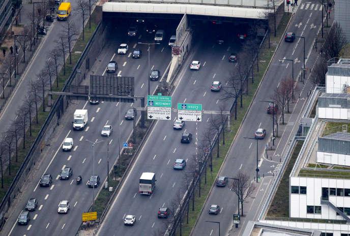 L'autoroute A1 au niveau de Saint-Denis.