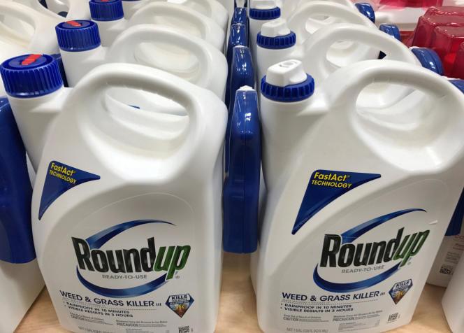 Le Roundup de Monsanto Co est présenté à Encinitas, en Californie, aux Etats-Unis, le 26 juin 2017.