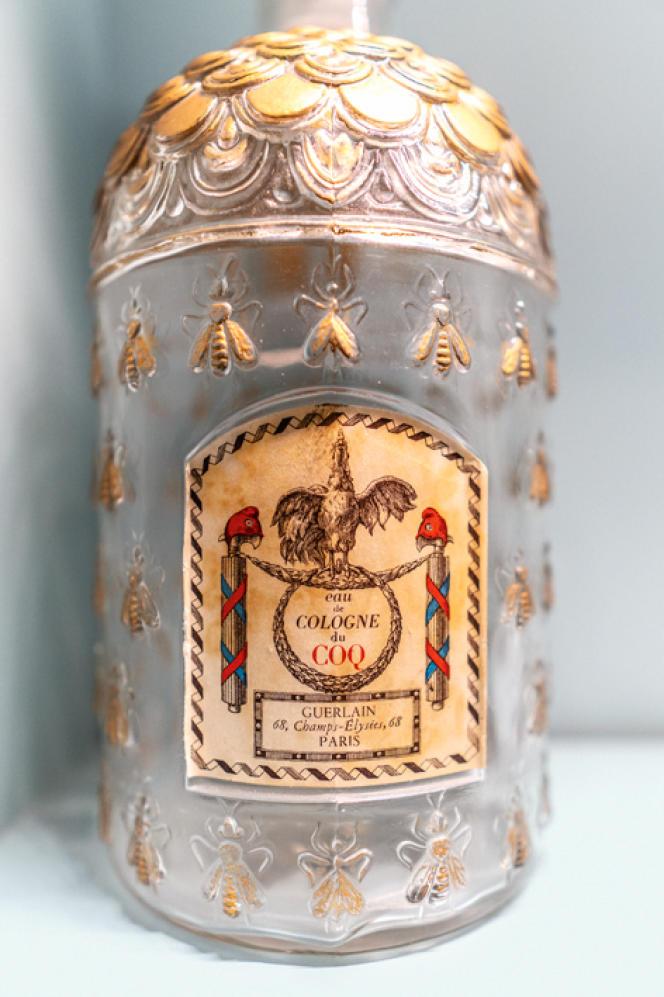 Flacon Eaude Cologne du Coq, de Guerlain,créé en 1853 pour l'impératrice Eugénie (1826-1920).