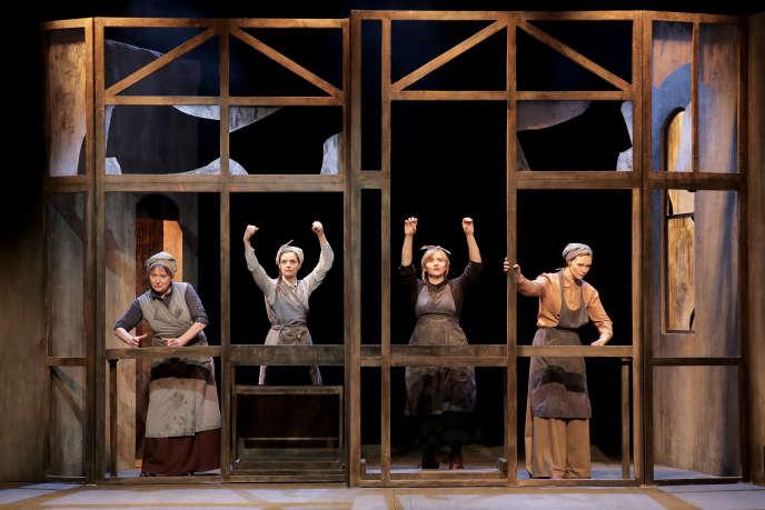 «Les Filles aux mains jaunes», de Michel Bellier, une des huit pièces présentées en 2019 auThéâtre Actuel, dans le« off» d'Avignon.