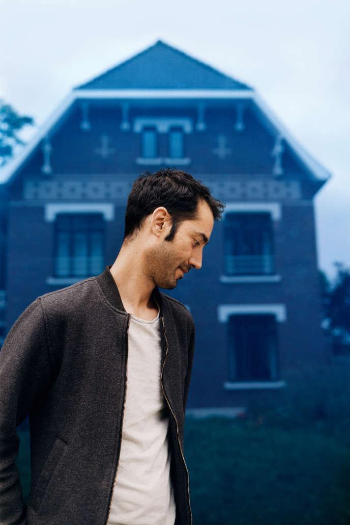 L'artiste Hicham Berrada à la résidence Pinault Collection de Lens, le 19 juin 2019.