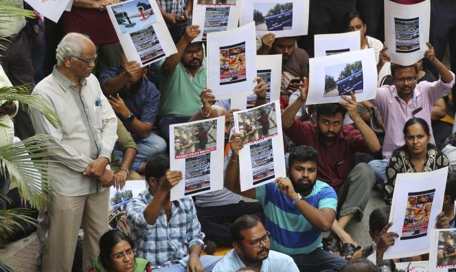 Manifestation à Bangalore, en Inde, le 24 mai 2018, pour protester contre les violences policières qui auraient fait treize victimes deux jours plus tôt.