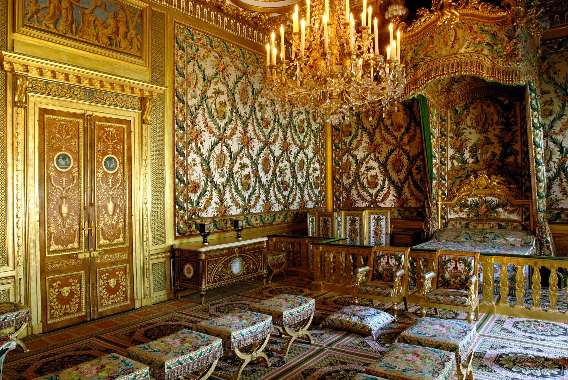 Le lit de Marie-Antoinette a survécu à la Révolution avant de devenir celui de l'impératrice Joséphine.