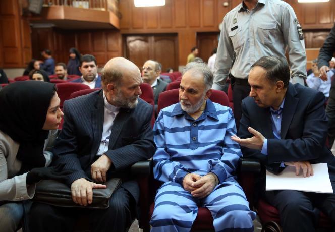 L'ancien maire de Téhéran Mohammad-Ali Najafi a été condamné à mort pour l'assassinat de sa femme.