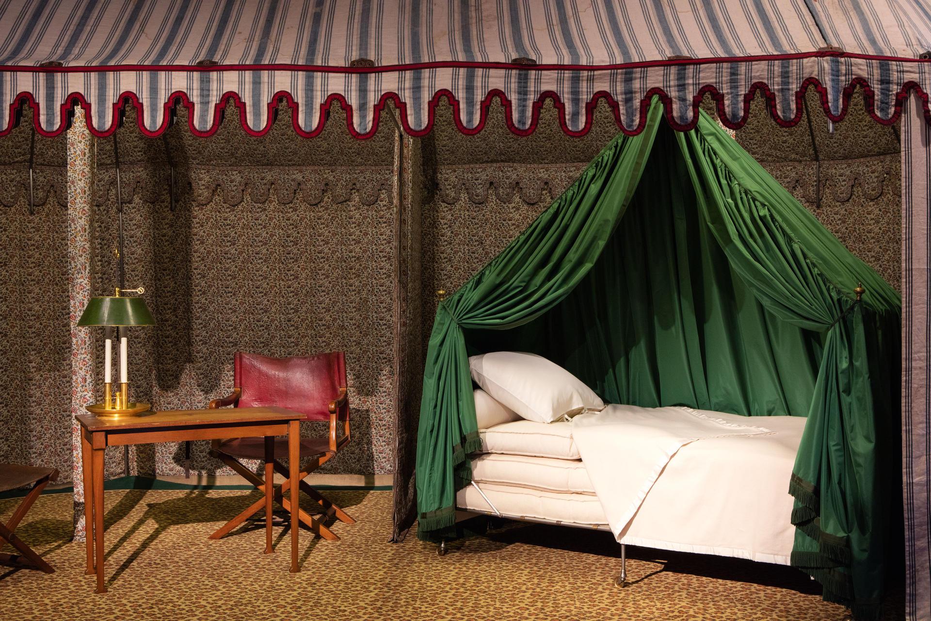 Le lit à roulettes de Napoléon, long d'un peu moins de 2mètres et large de 75cm.