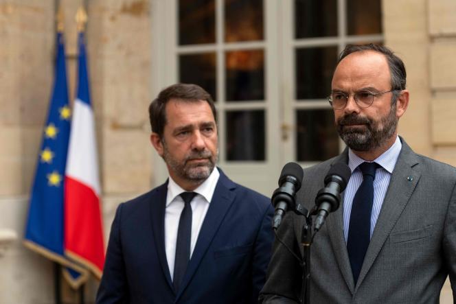Edouard Philippe et Christophe Castaner lors d'un point presse sur la mort de Steve Maia Caniço, le 30 juillet.