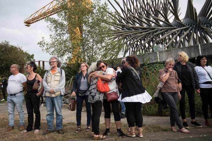 Lors d'un hommage, après que le corps de Steve Maia Caniço a été retrouvé dans la Loire, à Nantes, le 30 juillet.