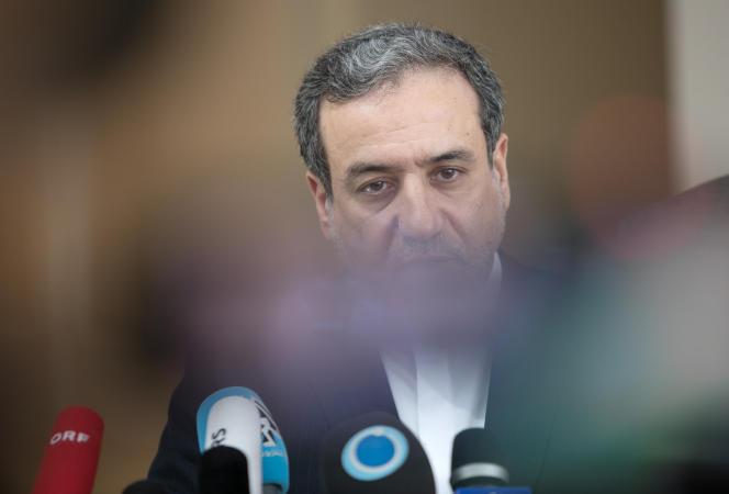 Abbas Araghchi, vice-ministre iranien des affaires étrangères, s'exprimant devant la presse après une réunion, à Vienne (Autriche), des pays parties de l'accord sur le nucléaire iranien. Le 28 juillet 2019.