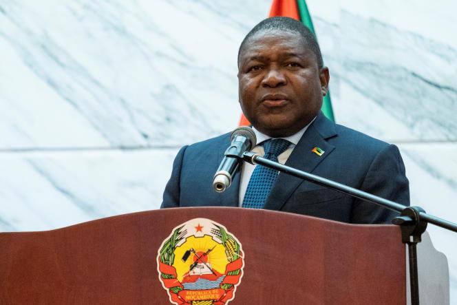 Le président mozambicain Filipe Nyusi give à Maputo le 11 juillet 2019.