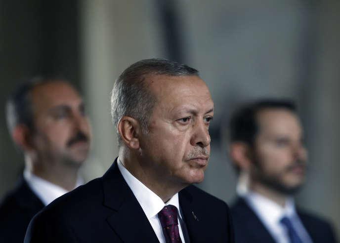 """""""Erdogan is weaker than he lets appear"""""""