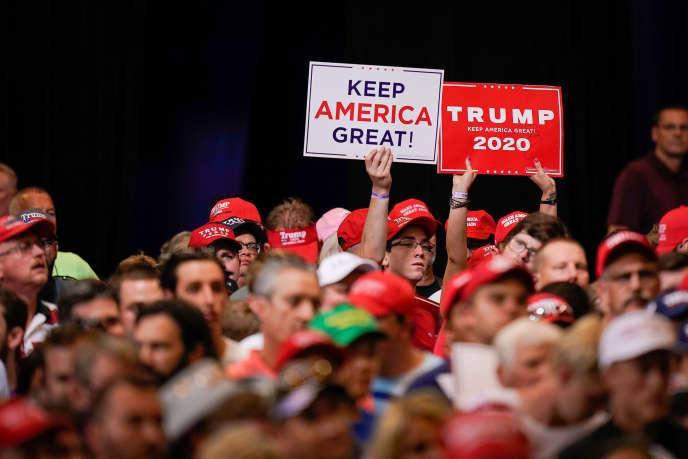 Les soutiens de Donald Trump en meeting de campagne à Cincinnati, dans l'Ohio, le 1er août.