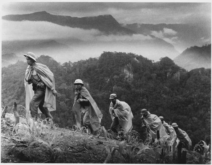 Les soldats de l'armée Nord-Vietnamienne sur le sentier Ho Chi Minh en 1969.