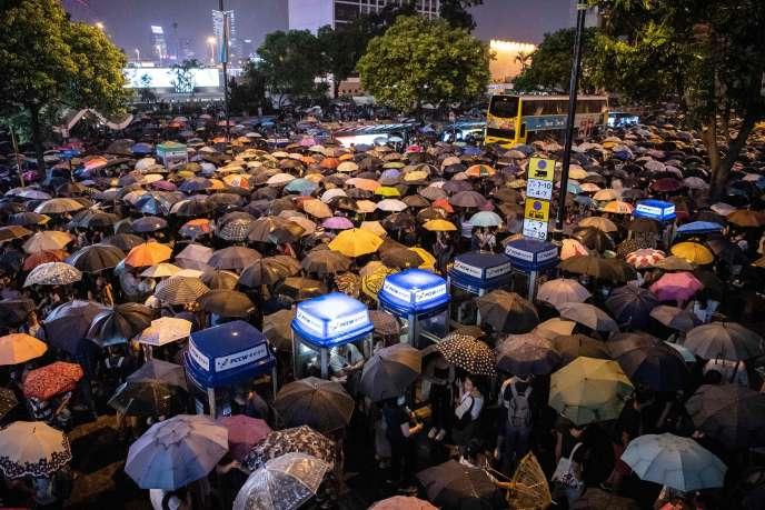 Manifestation de fonctionnaires à Hongkong, le 2 août.