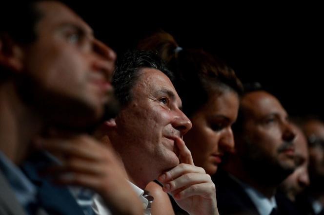 Benjamin Griveaux (au centre, à droite de Marlène Schiappa) lors du lancement de la campagne de La République en marche (LRM) pour les élections municipales à Paris, le18juillet2019.