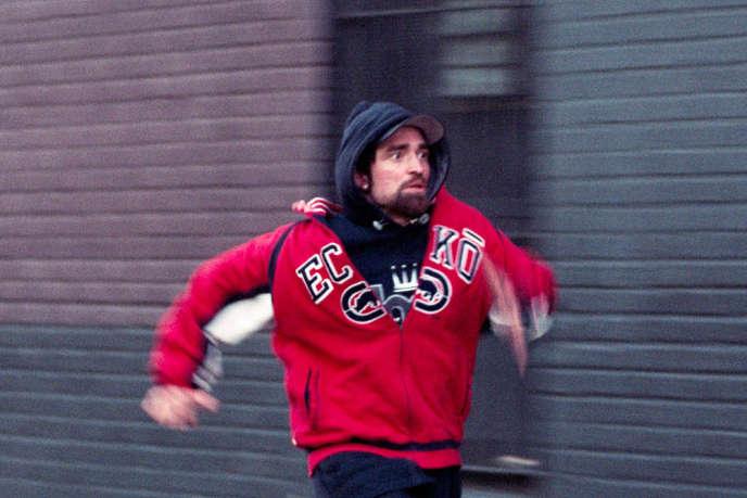 Robert Pattinson interprète Connie dans« Good Time», de Josh et Benny Safdie.