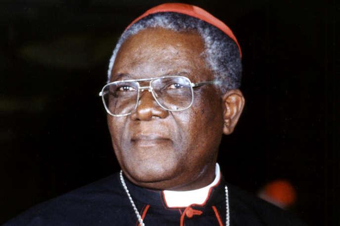 Portrait non daté du cardinal Christian Tumi, à Douala, au Cameroun.