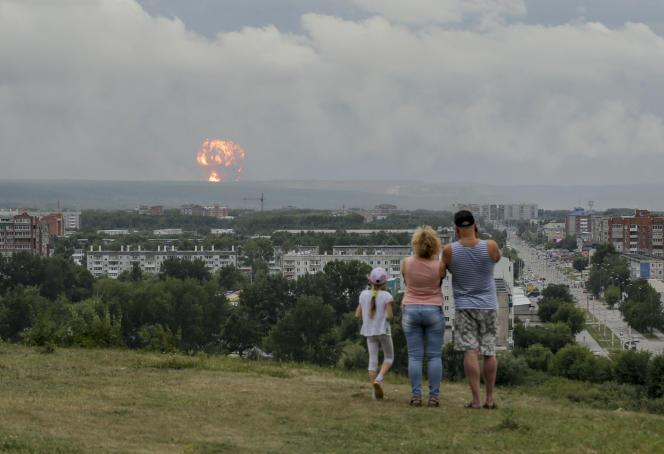 L'explosion survenue lundi 5 août dans un dépôt militaire en Sibérie a rendu nécessaires de nombreuses évacuations.