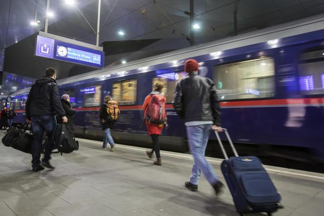 Un train Nightjet de la compagnie autrichienne ÖBB, en gare de Vienne et àdestinantion de Hambourg, le 27 février.