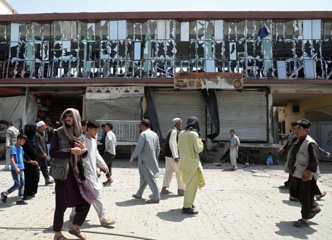 L'attaque revendiquée par les talibans a lieu alors que les Etats-Unis négocient un accord de paix avec l'insurrection islamiste.