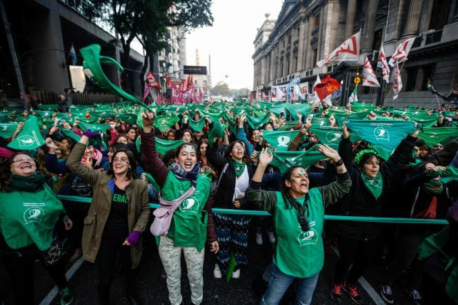 Manifestation en faveur de la légalisation de l'avortement le 28 mai 2019 devant le Congrès national à Buenos Aires.