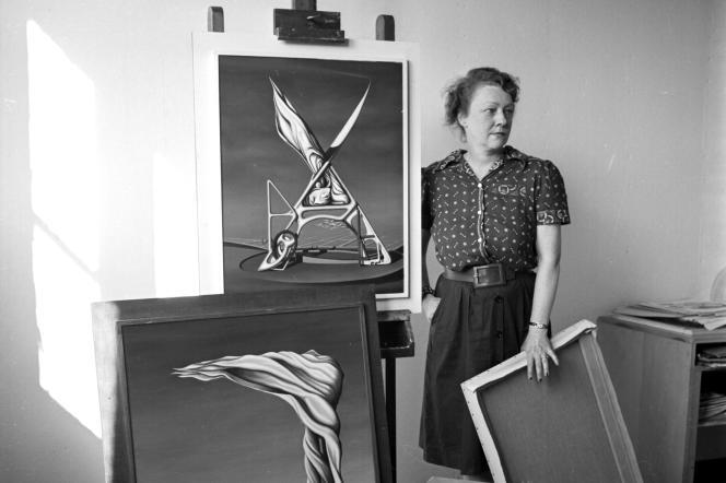 La peintre américaine Kay Sage dans les années 1950.