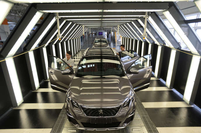Rester ou partir? Le dilemme des constructeurs automobiles face à la crise du marché chinois