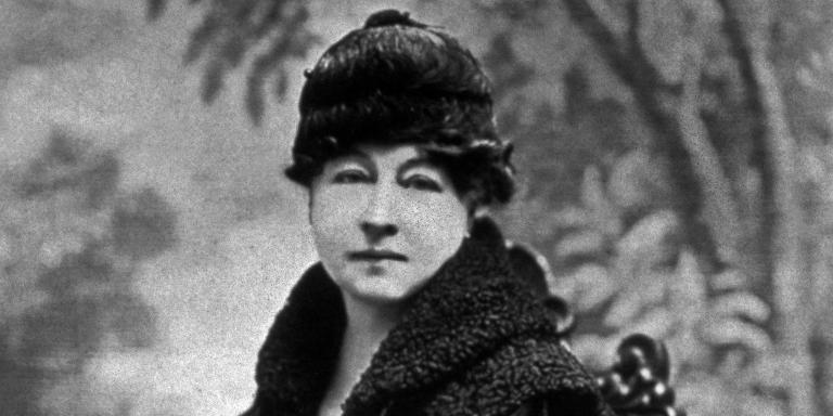 Alice Guy Blache (1873-1968) 1ere realisatrice de cinema (La fee aux choux en 1896) et creatrice de la Solax Film Co en 1910