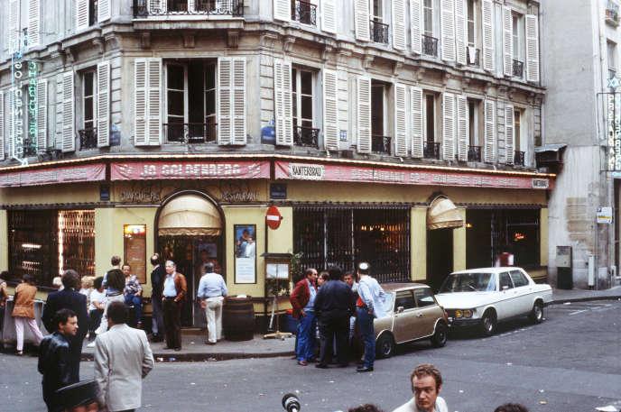 Rue des Rosiers à Paris, deux jours après l'attentat, le 11 août 1982.