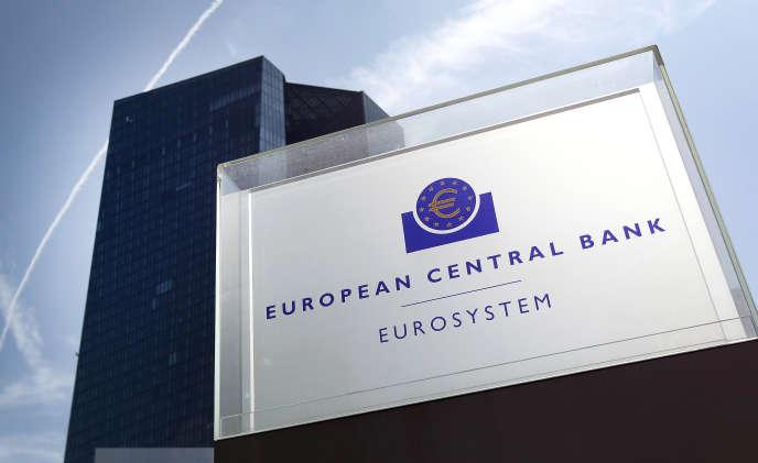 La Banque centrale européenne rappelle régulièrement que sa politique des taux bas a contribué à créer plus de 9millions d'emplois depuis 2013.