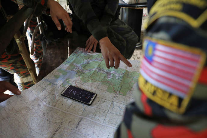 Plus de trois cents secouristes ont ratissé la zone de forêt tropicale près de l'hôtel d'où Nora Quoirin a disparu.