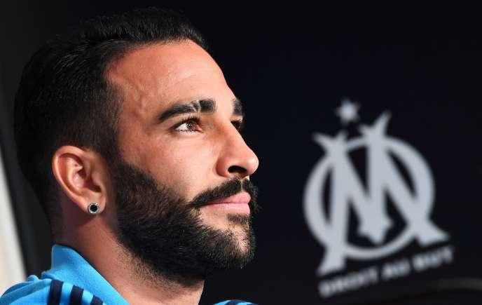 Le défenseur français Adil Rami a été licencié par l'OM.