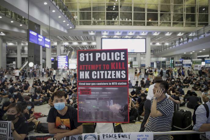 La crise s'enlise à Hongkong, Pékin change de stratégie