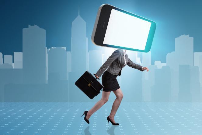 «Les smartphones, les objets connectés, que la 5G va permettre de centupler, sont autant d'espions.»