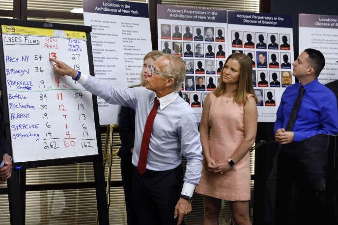 L'avocat Jeff Andersona déclaré que sa firme allait déposer plus de200plaintes envertu de la nouvelle loi. New York, Etats-Unis, le 14 août.