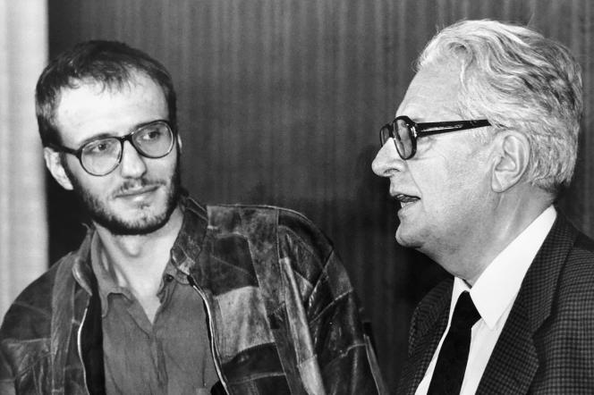 Steffen Reiche, à Bonn, en 1989, en compagnie de Hans-Jochen Vogel, président du SPD de la RDA, nouvellement fondé.
