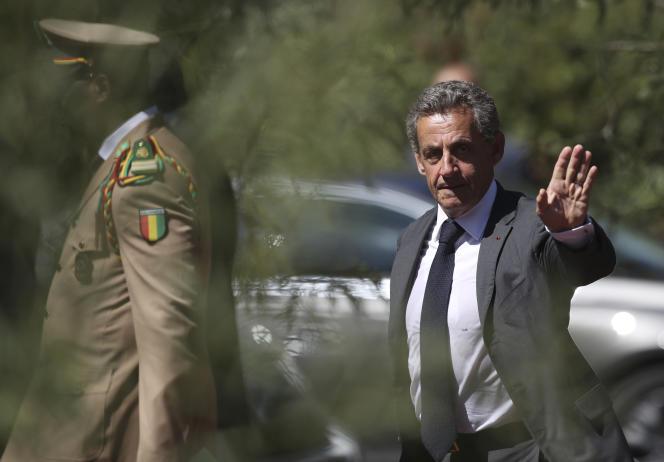 Nicolas Sarkozy lors des commémorations du débarquement en Provence, à Saint-Raphaël, le 15 août.