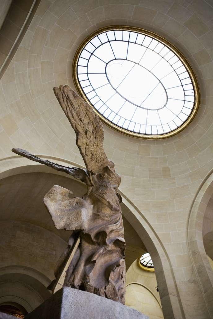 La Victoire de Samothrace (IIe siècle av. J.-C.), au Louvre.