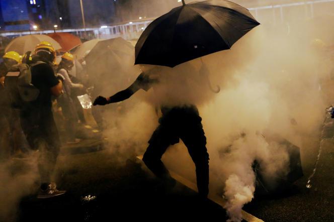 Des manifestants à Hongkong, le 28 juillet.