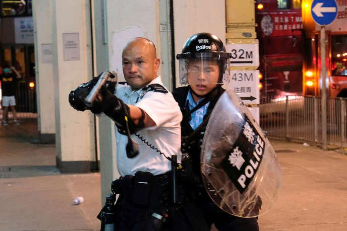 https://img.lemde.fr/2019/08/16/0/0/3500/2333/688/0/60/0/d391b62_HFSPEK17_HONGKONG-PROTESTS-PROTESTERS_0816_11.JPG