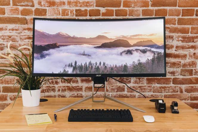L'Acer XR342CKPbmiiqphuzx remporte notre comparatif d'écrans ultra larges incurvés.
