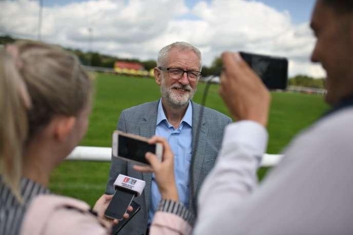 Jeremy Corbyn, à Whaley Bridge (Royaume-Uni), le 5 août.