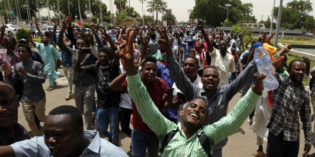 Au Soudan, une première victoire fragile mais historique pour les démocrates
