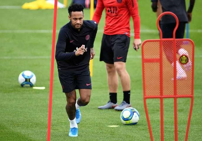 Neymar, le 17 août, au centre d'entraînement du PSG, à Saint-Germain-en-Laye (Yvelines).